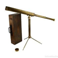 Antigüedades: TELESCOPIO TERRESTRE O DE CAMPO EN CAJA PORTÁTIL DE MADERA ORIGINAL- FRANCIA CA.1900. Lote 124431087