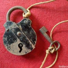 Antigüedades: ANTIGUO CANDADO. FUNCIONA. Lote 124438331