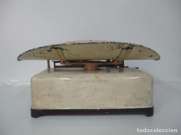 Antigüedades: Antigua Bascula para Bebes - Farmacia, Medico Pediatra - Metálica - Principios S. XX - Foto 9 - 142375440