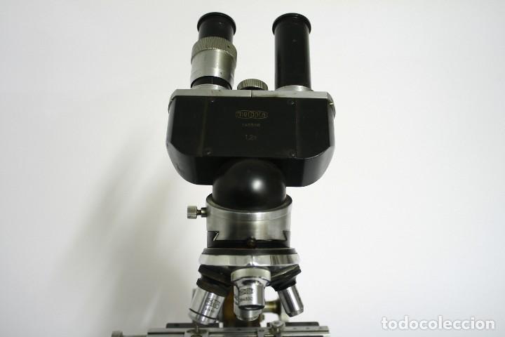 Antigüedades: Microscopio Meopta. Doble visor, binocular y cuatro opticas. - Foto 3 - 124635563