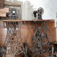 Antigüedades: SUPER LOTAZO 12 MAQUINAS DE COSER SIGLO XIX SINGER ALFA ETC. Lote 124929275