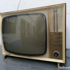 Antigüedades: TELEVISOR VESTAL AÑOS 50-60. Lote 124962495