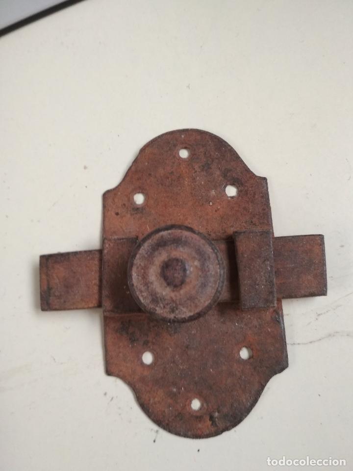 ANTIGUO PESTILLO O CERROJO DE HIERRO (Antigüedades - Técnicas - Cerrajería y Forja - Pestillos Antiguos)