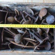 Antigüedades: CLAVOS DE CABEZA GRANDE. Lote 125178299