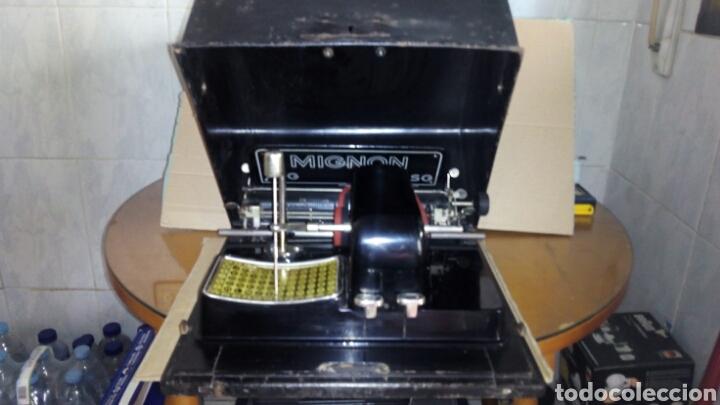 MAQUINA DE ESCRIBIR AEG, MIGNON,MUY BUEN ESTADO (Antigüedades - Técnicas - Máquinas de Escribir Antiguas - Mignon)