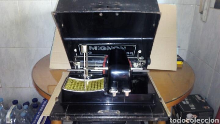 Antigüedades: Maquina de escribir AEG, MIGNON,Muy buen estado - Foto 2 - 125240294