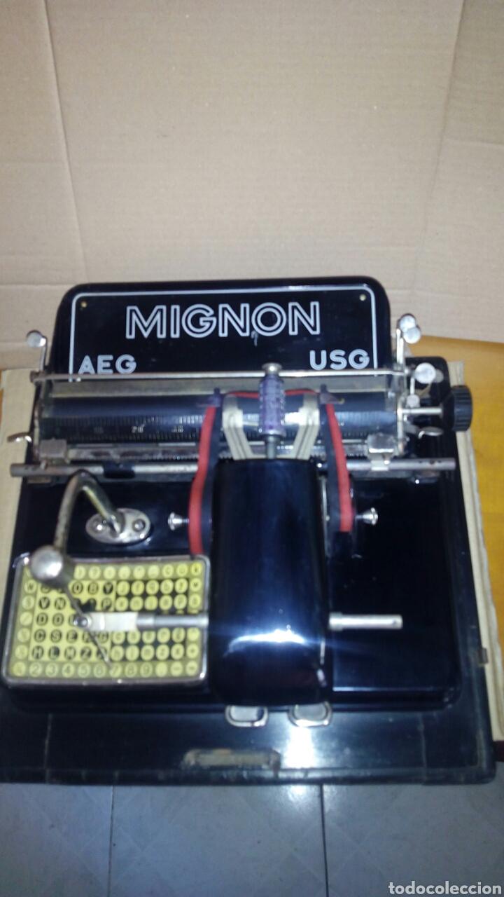 Antigüedades: Maquina de escribir AEG, MIGNON,Muy buen estado - Foto 3 - 125240294