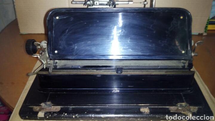 Antigüedades: Maquina de escribir AEG, MIGNON,Muy buen estado - Foto 15 - 125240294
