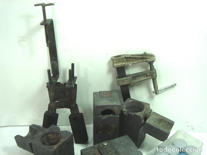 Antigüedades: CADWELD - KIT SOLDADURA EXOTERMICA -4X MOLDE CARTUCHO 90 65 MECHERO IGNICION-PINZAS POLVO CARTUCHOS - Foto 2 - 125404911