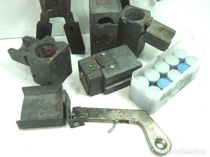 Antigüedades: CADWELD - KIT SOLDADURA EXOTERMICA -4X MOLDE CARTUCHO 90 65 MECHERO IGNICION-PINZAS POLVO CARTUCHOS - Foto 3 - 125404911