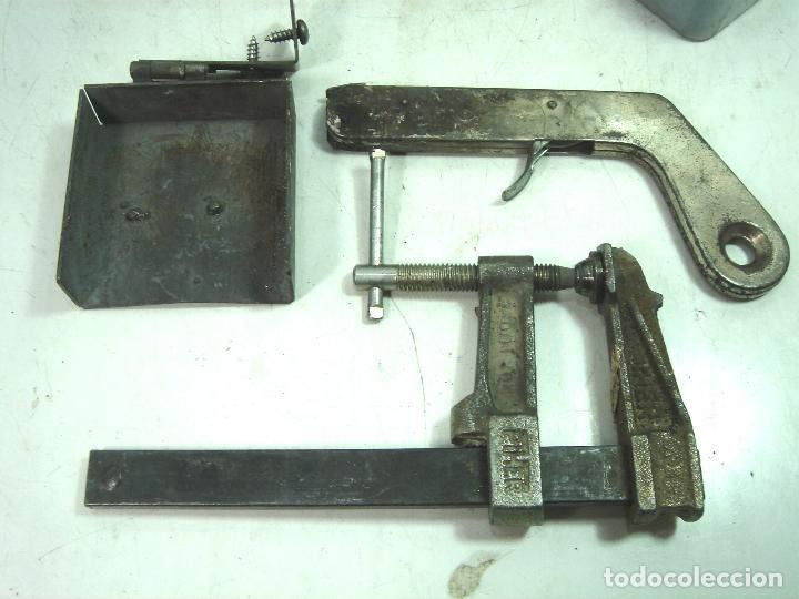 Antigüedades: CADWELD - KIT SOLDADURA EXOTERMICA -4X MOLDE CARTUCHO 90 65 MECHERO IGNICION-PINZAS POLVO CARTUCHOS - Foto 4 - 125404911