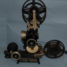 Antigüedades: PROYECTOR DE CINE PATHE SUPER PB-EX NUMAX. Lote 125407439