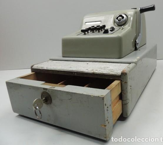 Antigüedades: Registradora marca HISPANO OLIVETTI. Años 70. Funciona. - Foto 3 - 125612403