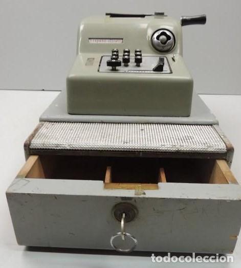 Antigüedades: Registradora marca HISPANO OLIVETTI. Años 70. Funciona. - Foto 4 - 125612403