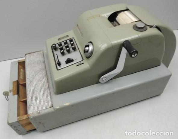 Antigüedades: Registradora marca HISPANO OLIVETTI. Años 70. Funciona. - Foto 13 - 125612403