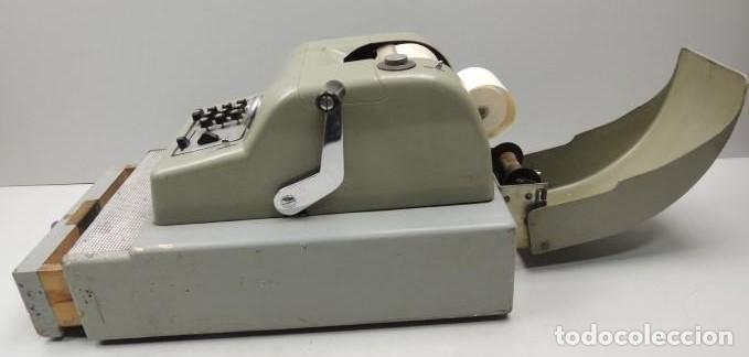 Antigüedades: Registradora marca HISPANO OLIVETTI. Años 70. Funciona. - Foto 15 - 125612403