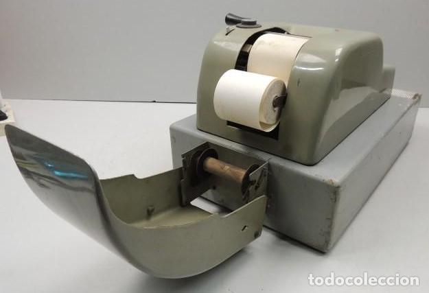 Antigüedades: Registradora marca HISPANO OLIVETTI. Años 70. Funciona. - Foto 16 - 125612403