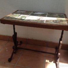 Antigüedades: ANTIGUA MESITA HIERRO Y CERAMICA, LADRILLOS, MESA HIERRO IDEAL JARDIN, TERRAZA, BEBIDAS, RURAL,. Lote 126174459