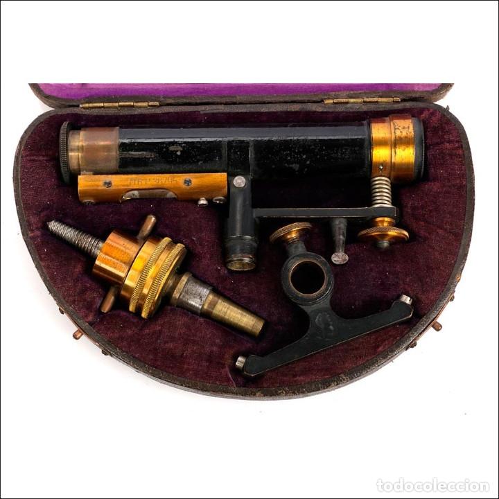 ANTIGUO NIVEL DE EXPEDICIÓN O DE VIAJE CON ESTUCHE. ALEMANIA S. XIX (Antigüedades - Técnicas - Otros Instrumentos Ópticos Antiguos)