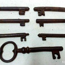 Antigüedades: LOTE 7 ANTIGUAS LLAVES DE HIERRO FORJADO.. Lote 126351543