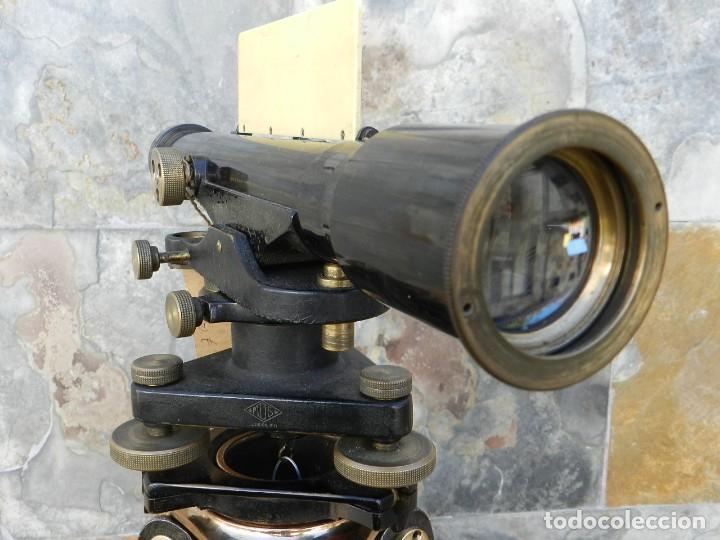 Antigüedades: NIVEL DE TOPOGRAFÍA + TRÍPODE + ESTUCHE AÑO 1910 APROX. - Foto 24 - 126400747