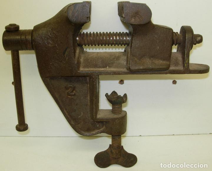 Antigüedades: Antiguo tornillo de banco nº2, 2kg. - Foto 3 - 126589163