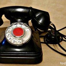 Teléfonos: TELÉFONO DE BAQUELITA NEGRA DE TELEFÓNICA ESPAÑOLA, MEDIADOS DEL SIGLO XX. Lote 126683019