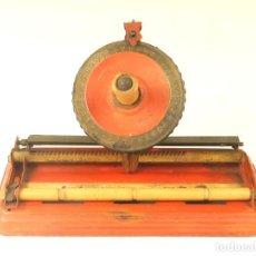 Antigüedades: ANTIGUA MÁQUINA DE ESCRIBIR STOLLWERCK. PIEZA RARA, AÑO 1920. Lote 126736239