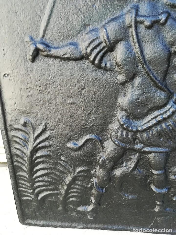 Antigüedades: Placa chimenea hierro fundido antigua - Foto 4 - 127411059