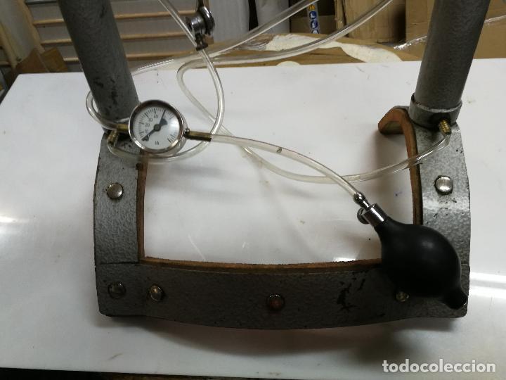 Antigüedades: SOPORTE ESTRIBO ZIMMER INSTRUMENTAL MEDICO CON SISTEMA DE BOMBEO PARA ALARGAR - Foto 2 - 127518267