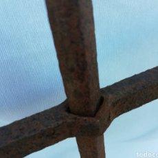 Antigüedades: ANTIGUA REJA FORJADA HIERRO.. Lote 127614036