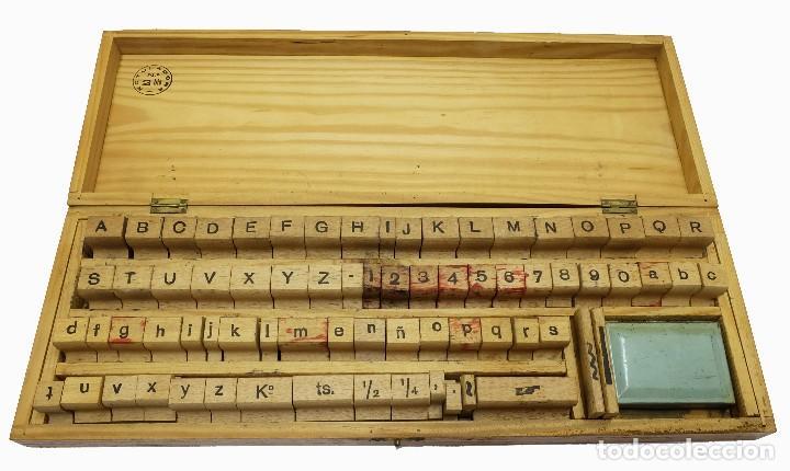 Antigüedades: 1900/1920 Equipo de imprenta casero (Imprentilla) con letras estilo Times y Dedo que señala - Foto 4 - 127660091