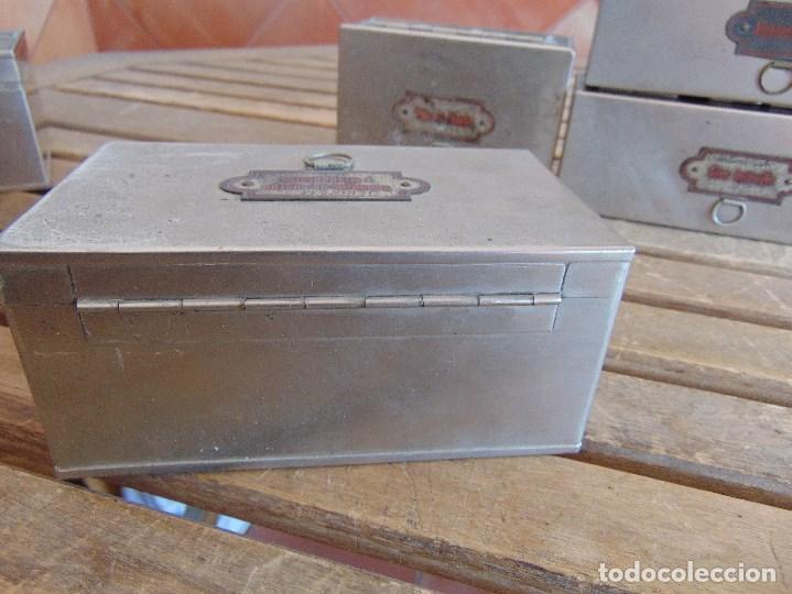 Antigüedades: LOTE DE 7 ANTIGUAS CAJAS EN METAL DE MEDICO DENTISTA O SIMILAR , MARCADAS DIFERENTES MEDIDAS - Foto 11 - 127749299