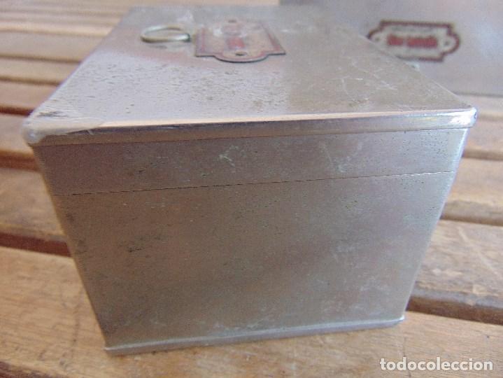 Antigüedades: LOTE DE 7 ANTIGUAS CAJAS EN METAL DE MEDICO DENTISTA O SIMILAR , MARCADAS DIFERENTES MEDIDAS - Foto 14 - 127749299