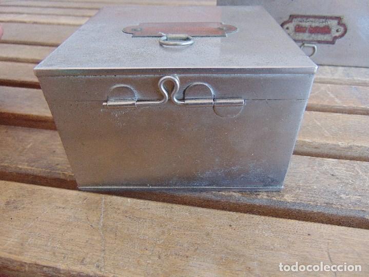 Antigüedades: LOTE DE 7 ANTIGUAS CAJAS EN METAL DE MEDICO DENTISTA O SIMILAR , MARCADAS DIFERENTES MEDIDAS - Foto 21 - 127749299
