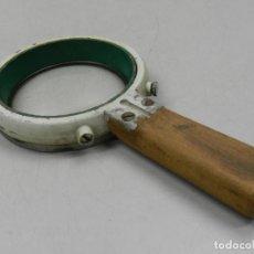 Antigüedades: VINTAGE ACCESORIO ÓPTICO MUY RARO LUPA CIENTÍFICA RUSIA URRS . Lote 127917667