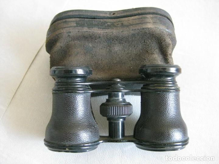 BINOCULARES, PRISMÁTICOS DETEATRO, FORRADOS EN PIEL, AÑOS 40 CON SU CAJA ORIGINAL DE PIEL (Antigüedades - Técnicas - Instrumentos Ópticos - Binoculares Antiguos)
