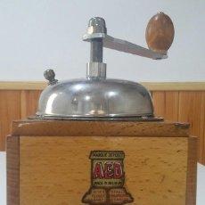 Antigüedades: ¡¡ OFERTA !! ATRACTIVO MOLINILLO DE CAFE BELGA MARCA AED, AÑOS 50. Lote 128045907