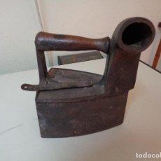 Antigüedades: PLANCHA DE CARBON SIGLO XIX. Lote 128050291