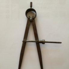Antigüedades: COMPÁS DE TALLER DE PUNTAS, HIERRO. Lote 128084911