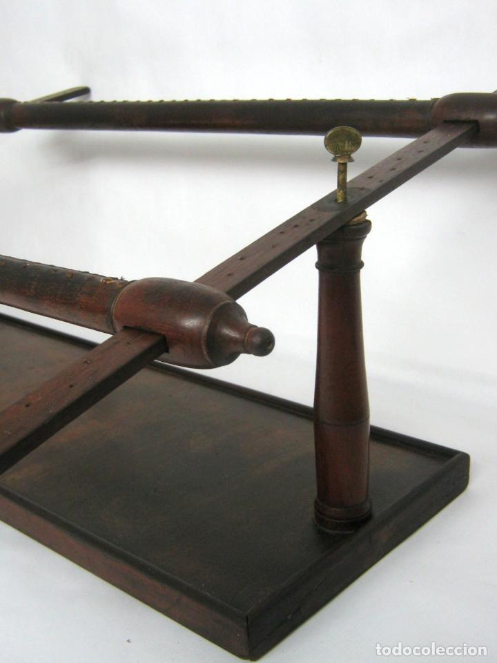 Antigüedades: S.XIX Bello Bastidor antiguo de lujo para bordar - madera de caoba - isabelino original - Foto 2 - 128328059