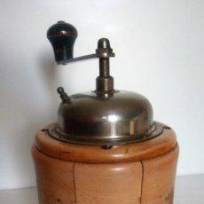 Antigüedades: MOLINILLO DE CAFÉ MARCA BE HA. MODELO 944. ALEMANIA. CA. 1950/60. Lote 128329887