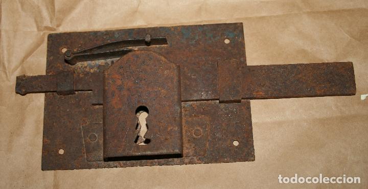 ANTIGUA CERRADURA DE FORJA SIN LLAVE (Antigüedades - Técnicas - Cerrajería y Forja - Cerraduras Antiguas)