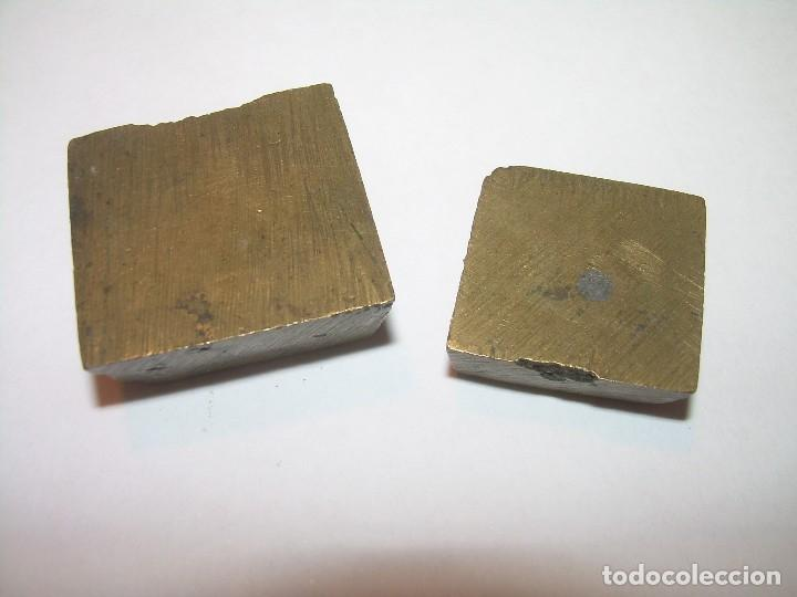 Antigüedades: DOS ANTIGUOS PONDERALES DE BRONCE...F.R. - Foto 2 - 128625015