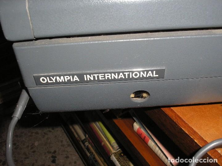 Antigüedades: MÁQUINA DE ESCRIBIR OLYMPIA ELECTRIC 45 - Foto 3 - 128645671
