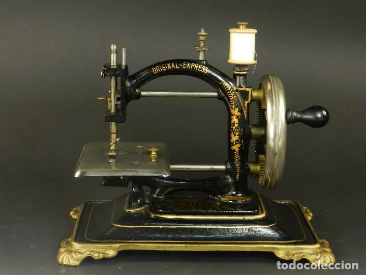 ANTIGUA MÁQUINA DE COSER ORIGINAL EXPRESS AÑO 1910. PIEZA RARA (Antigüedades - Técnicas - Máquinas de Coser Antiguas - Otras)