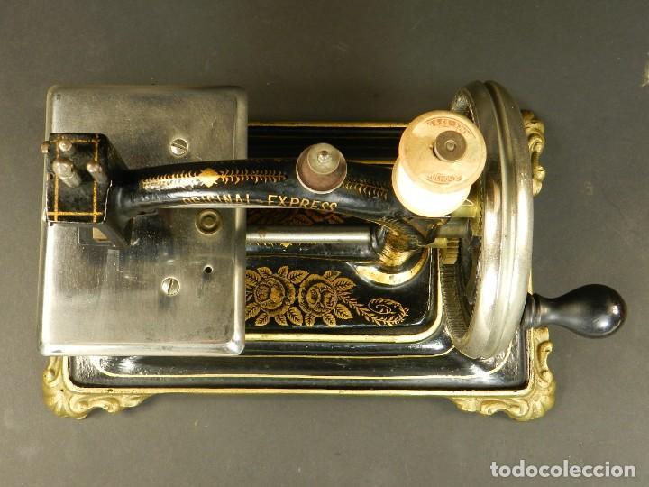 Antigüedades: Antigua máquina de coser Original Express año 1910. PIEZA RARA - Foto 8 - 128665355