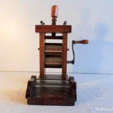 Antigüedades: LAMINADORA ALIMENTARIA SIGLO XIX. Lote 128668039
