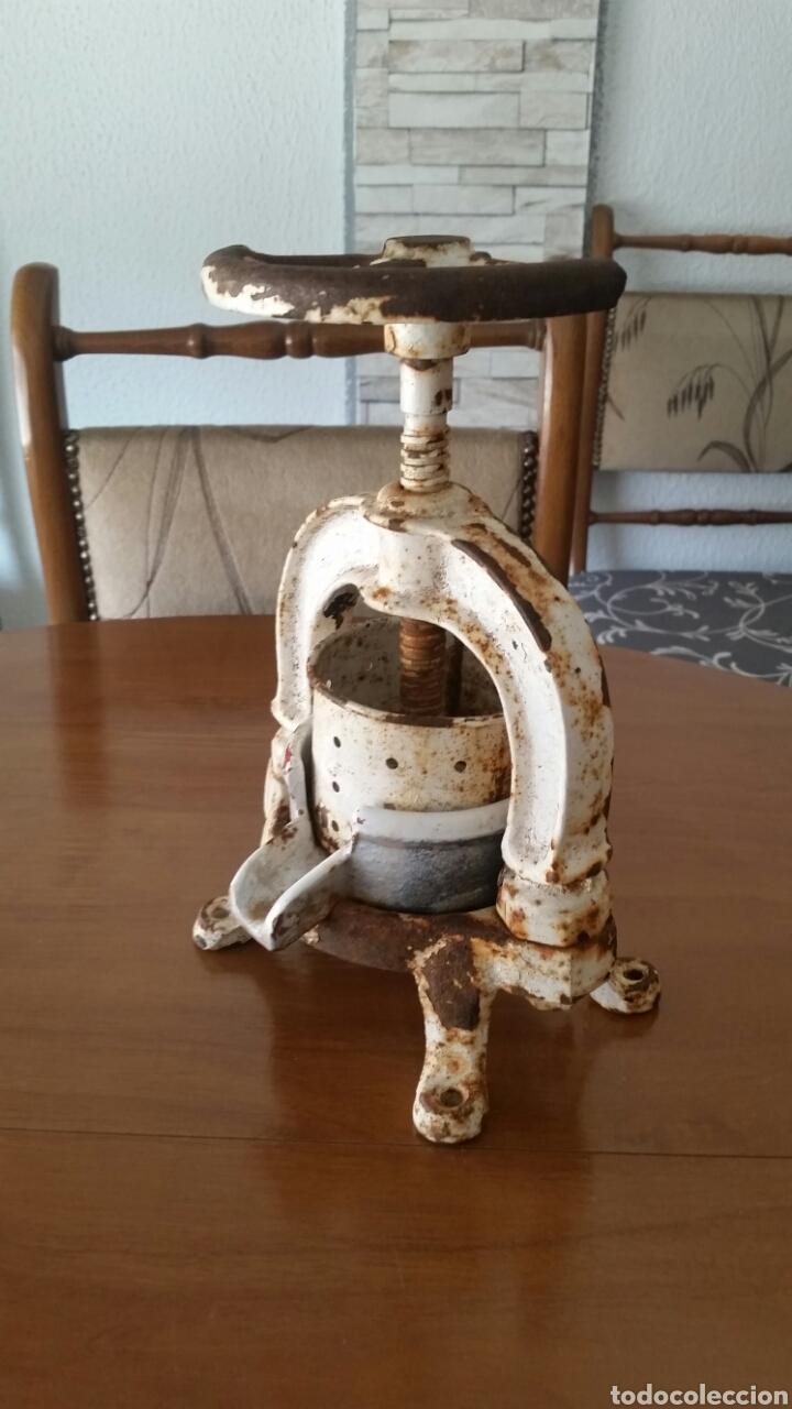Antigüedades: Antigua prensa de enologia laboratorio farmacia - Foto 2 - 128704627
