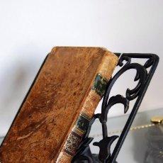 Antigüedades: ATRIL CON MARCA PÁGINAS DE FORJA PARA LIBROS. Lote 128983467